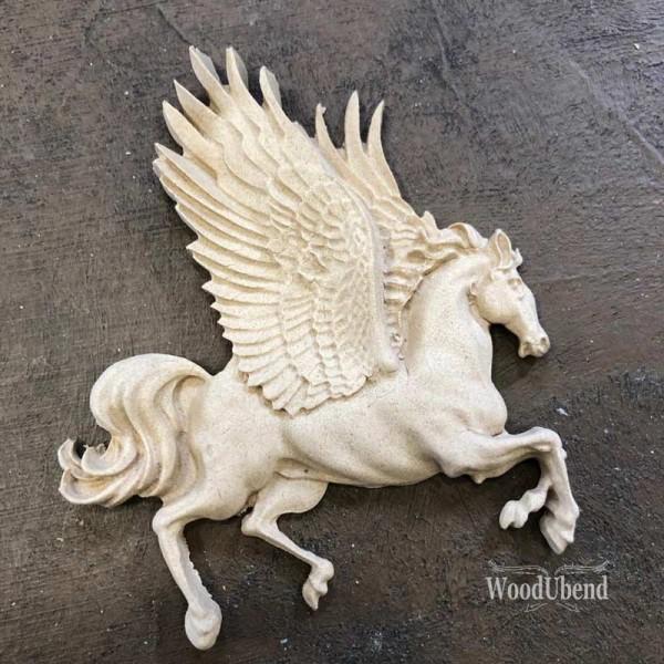 WoodUbend geflügeltes Pferd - Ornament - 7 x 8 cm