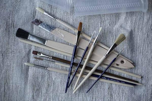 Pinselset Alles Dabei - 12 Pinsel im Köcher